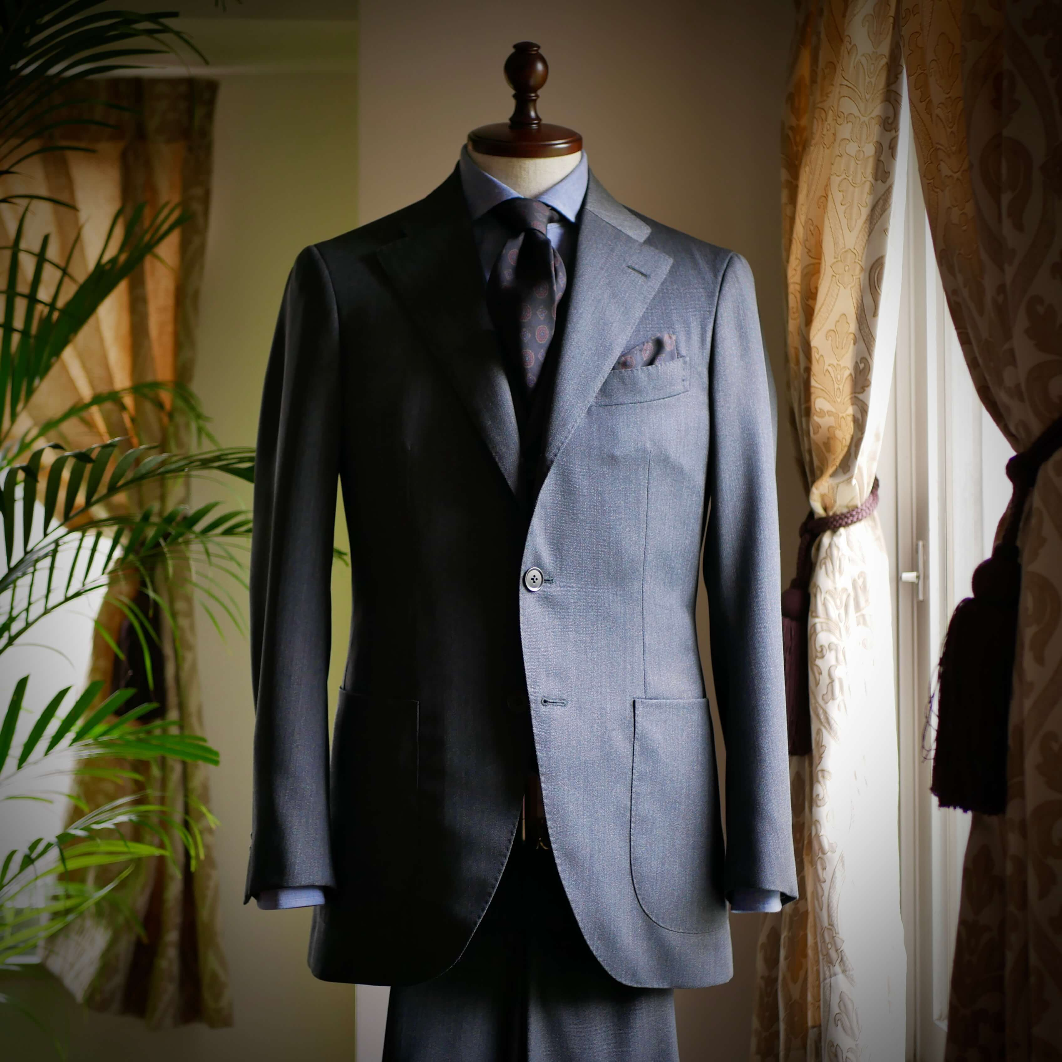 VITALE BARBERIS CANONICO_20190101_suits_02.jpg