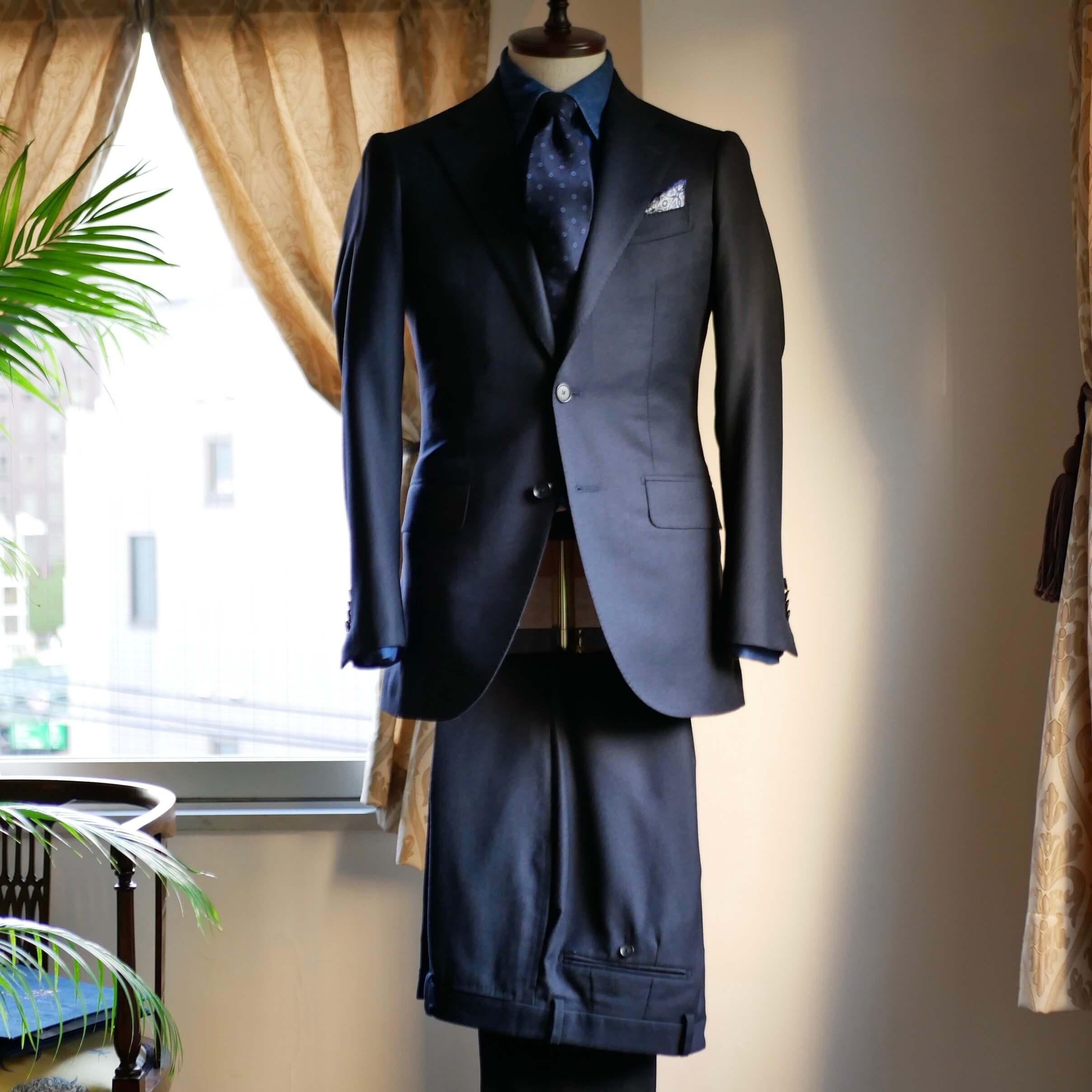 Loro Piana_20201111_suits_7.jpg